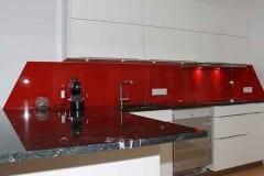 Küchenrückwand einfärbig  Rot